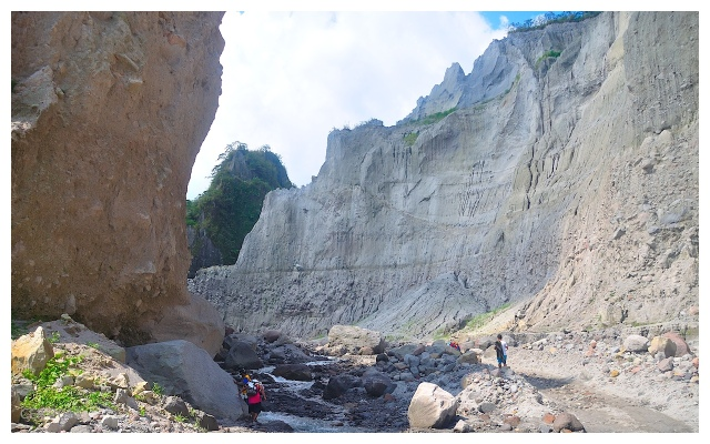 Pinatubo Trek (May 2013)